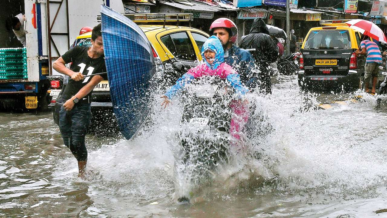Mumbai: As monsoon nears, traffic woes loom
