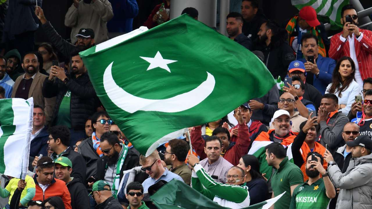 Pakistan Cricket Board Decides To Give Central Contracts To