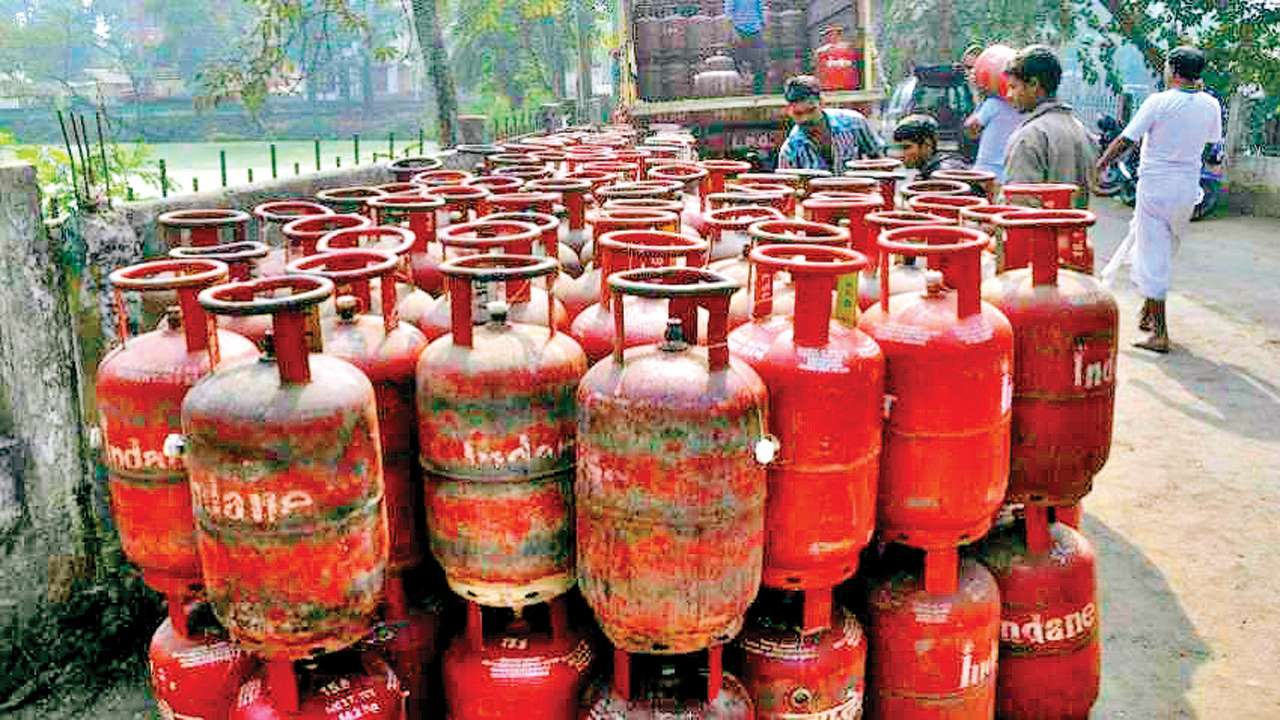 Ahmedabad: Beware! Your LPG cylinder may be underweight