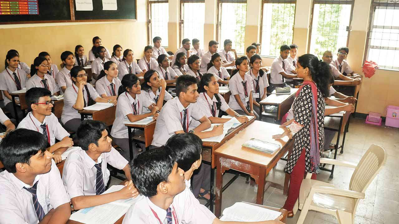 Story of a schoolteacher who transformed lives of hundreds