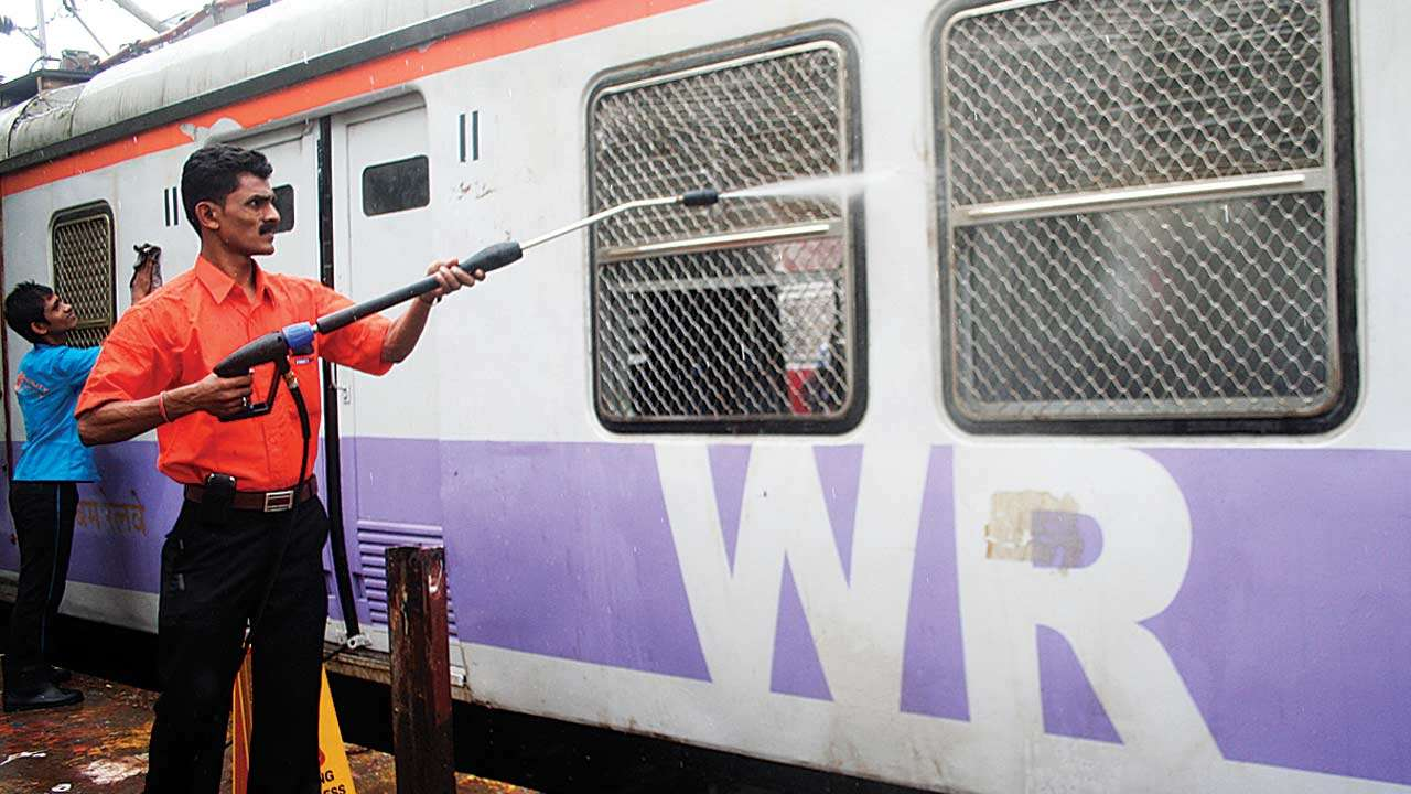 Off-track business: Western Railway staff quarters in Parel house eateries & hotels, says plaint