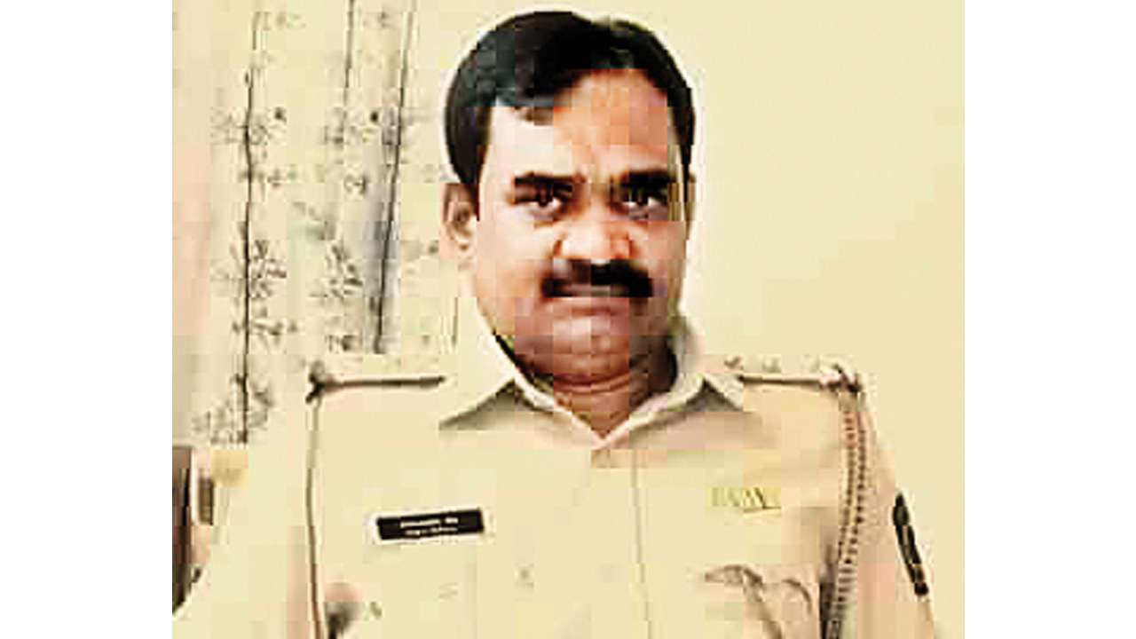 Mumbai: Senior police inspector Lalasaheb Shete lands in cop net on bribery charges