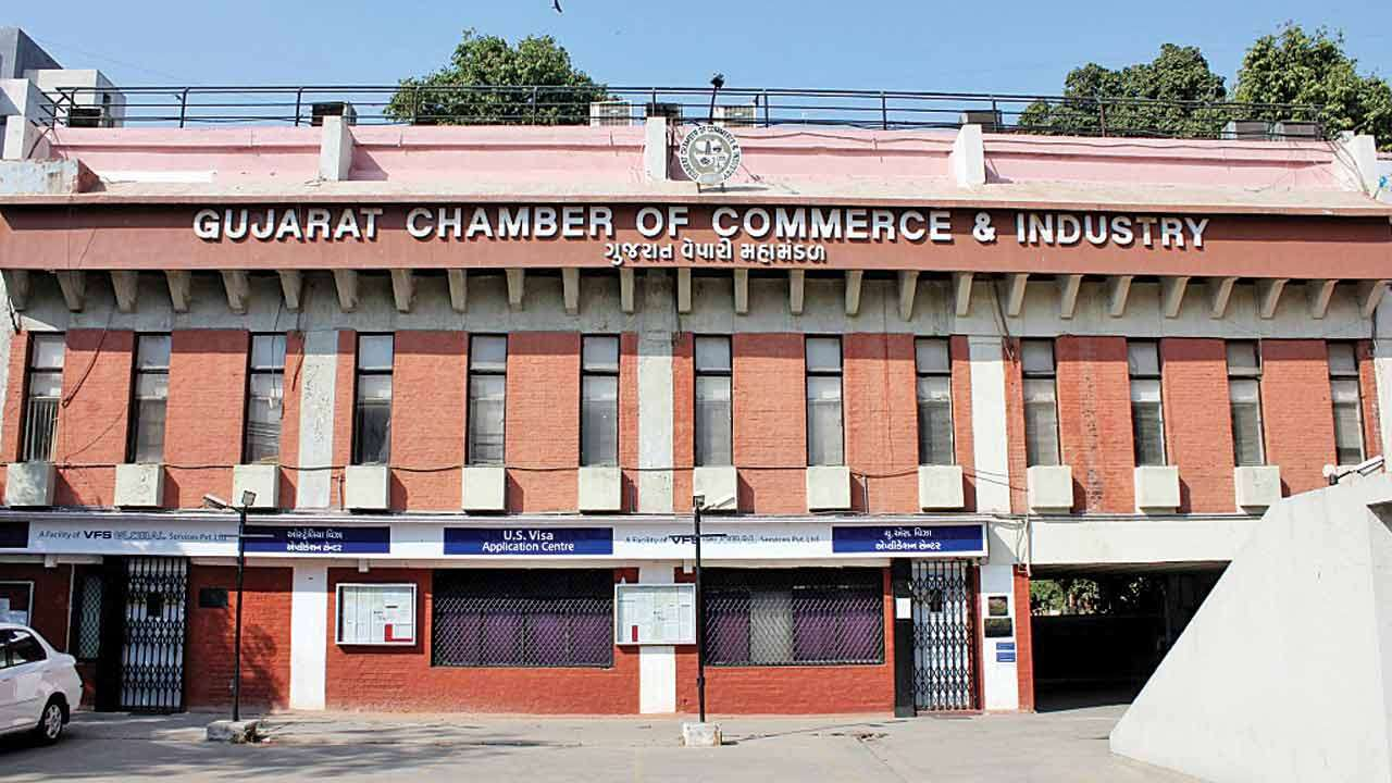 Banks keen to lend big houses only: Gujarat Chamber of Commerce and Industry