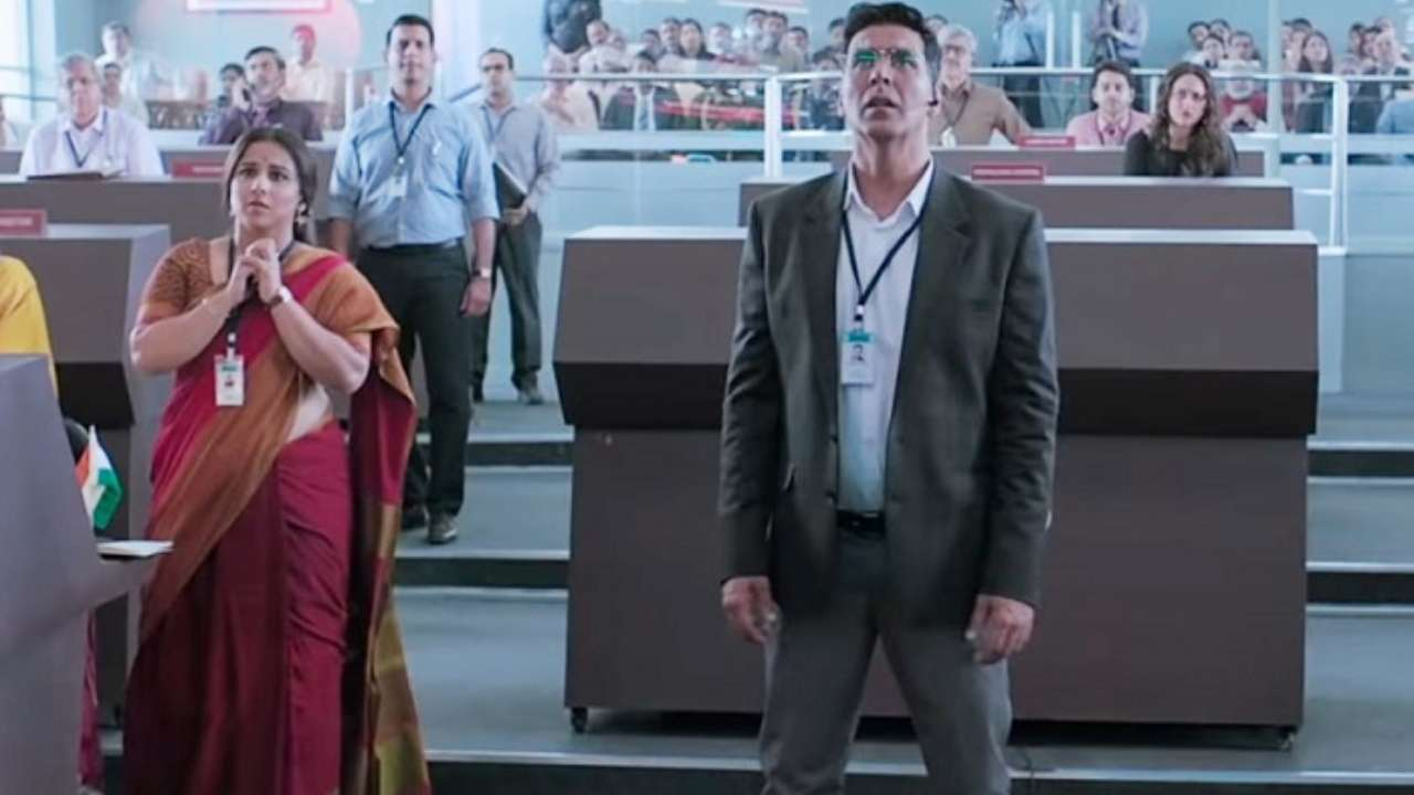 'Mission Mangal' Box Office: Akshay Kumar, Vidya Balan's film continues to score big on day 6