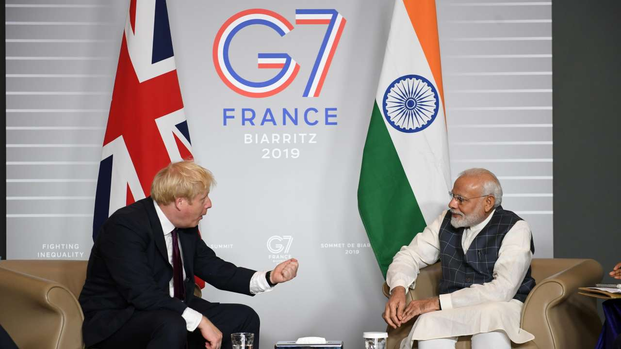 France: PM Modi meets Boris Johnson on sidelines of G7 in Biarritz