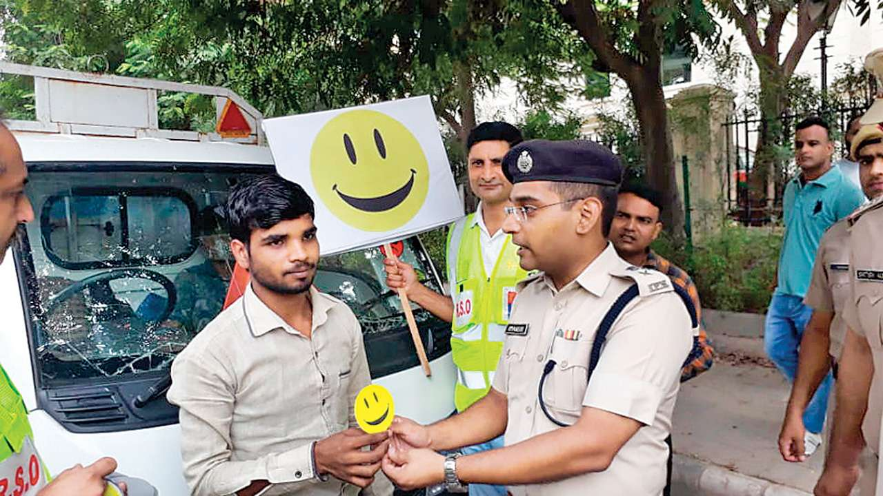 Gurugram police launch campaign to thank motorists following traffic rules