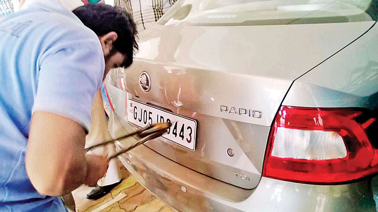 Gujarat: Special drive on holidays to tackle HSRP backlog