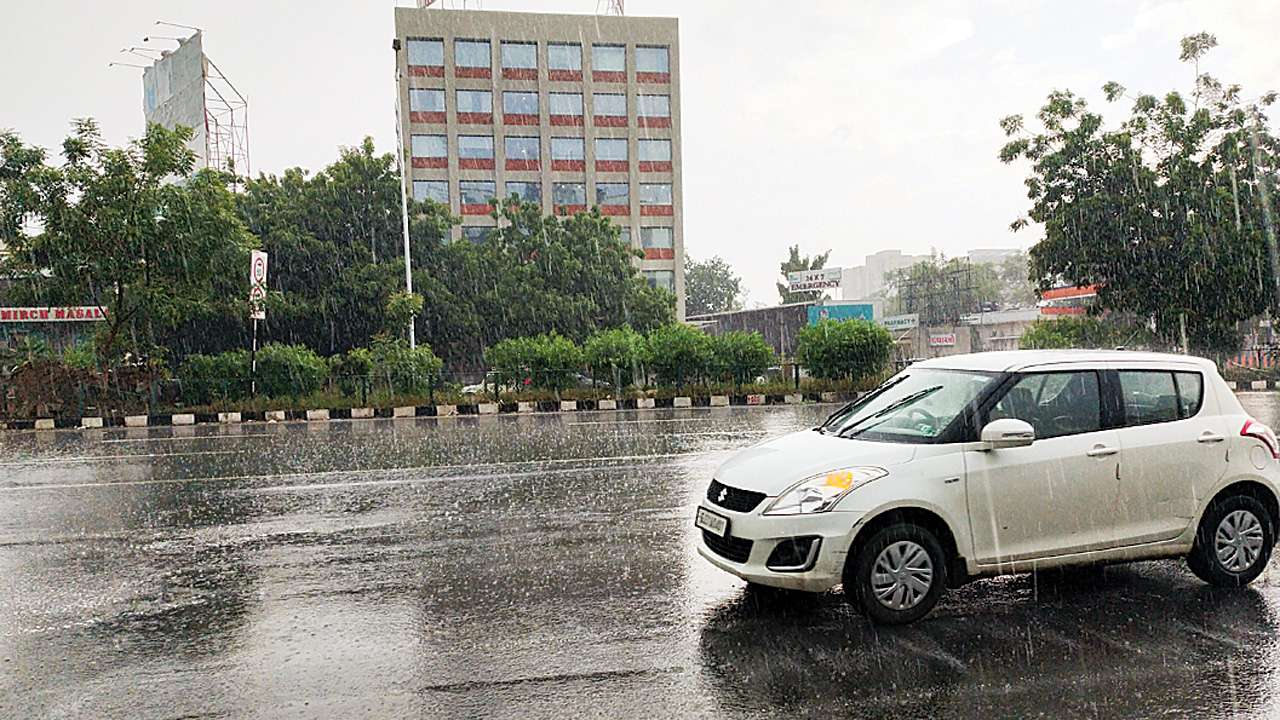 Cloudy sky, light rains likely for next 4-5 days in Ahmedabad, says IMD