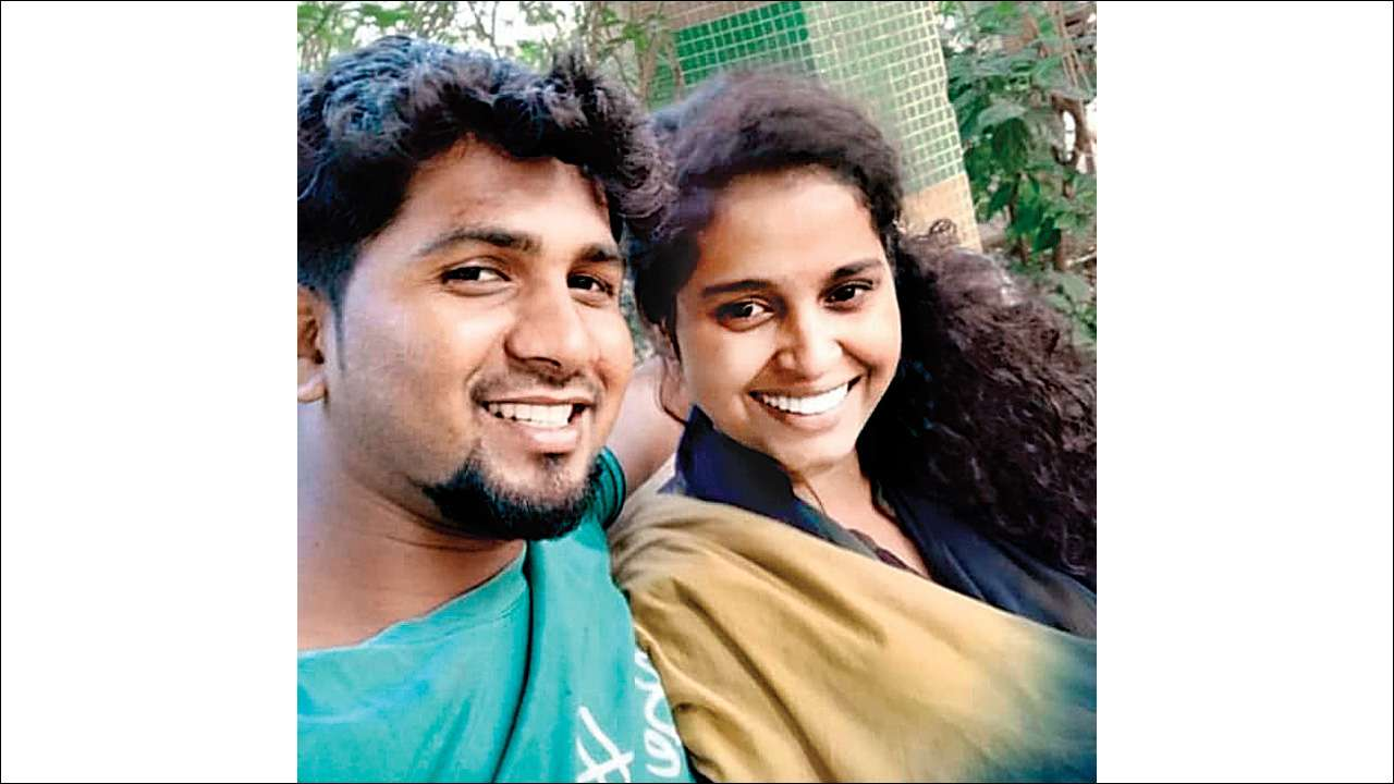 Mumbai Youth Attempts Suicide After Killing Girlfriend