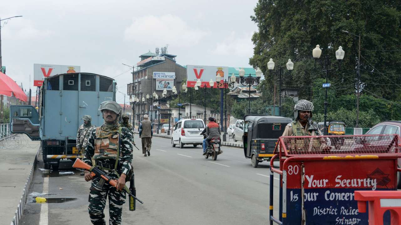 Kashmir opens for tourists on Oct 10, security advisory issued in Aug to be withdrawn