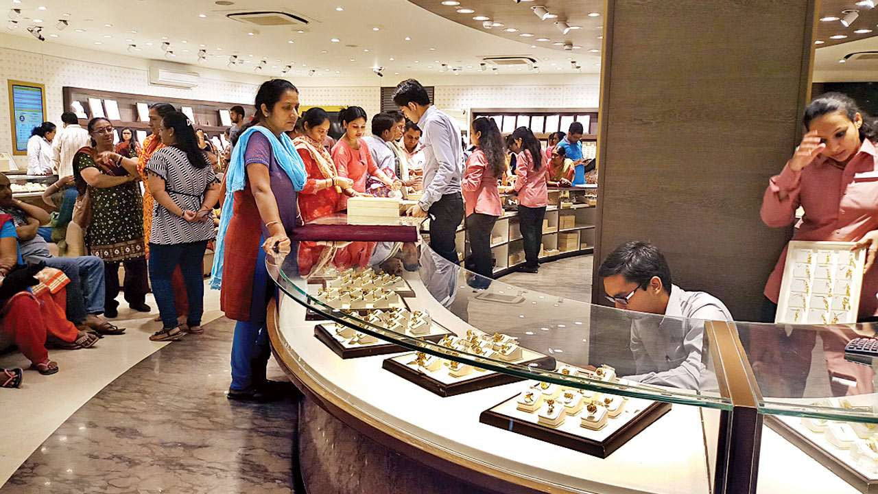 Ahmedabad: Jewellers pray for Midas touch to lift festive season