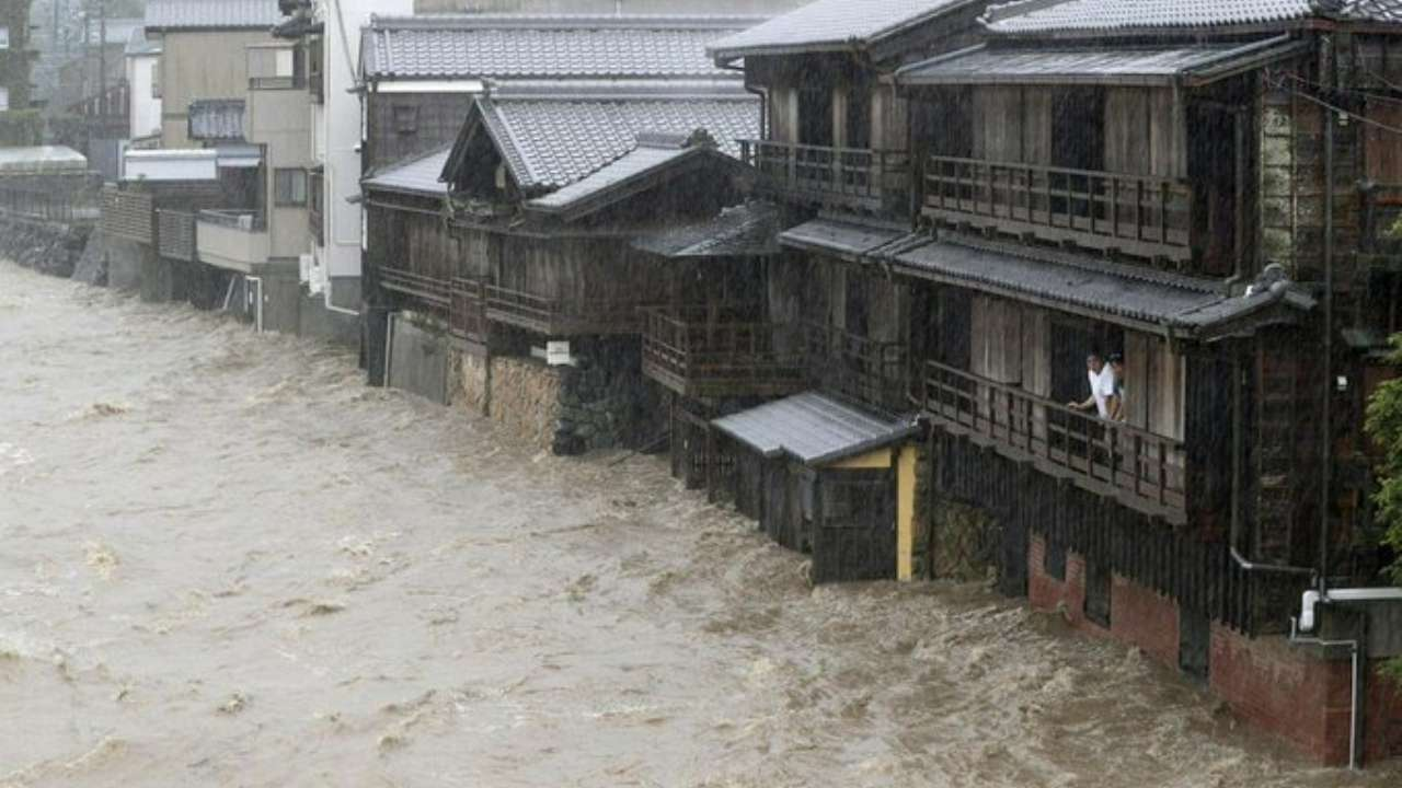 Death toll rises to 35 as typhoon Hagibis lashes Japan