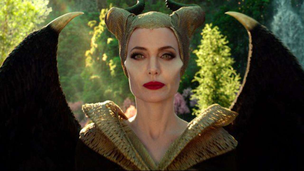 Maleficent Mistress Of Evil Review Angelina Jolie S Film