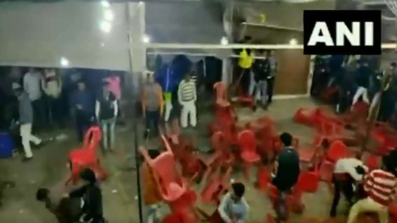 'Musical chairs done right': Twitter reacts after people resorted to chair fight during Qawwali event in Haridwar