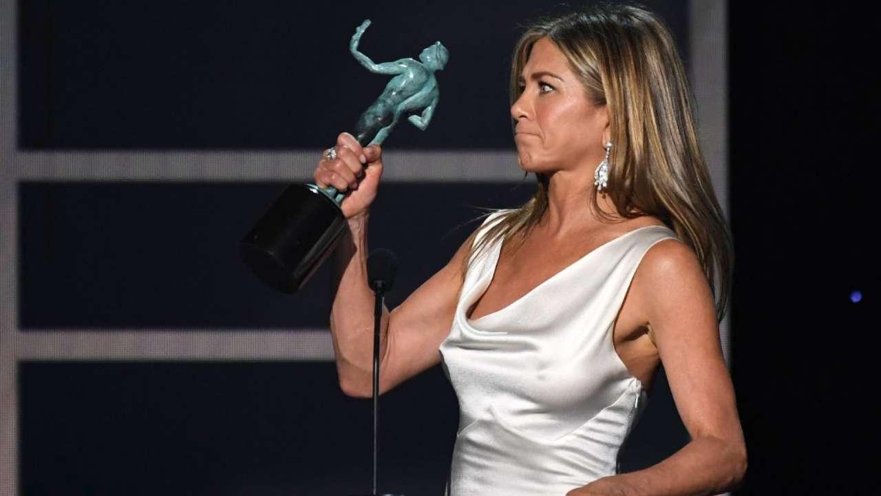 Performance exceptionnelle d'une actrice dans une série dramatique - Jennifer Aniston