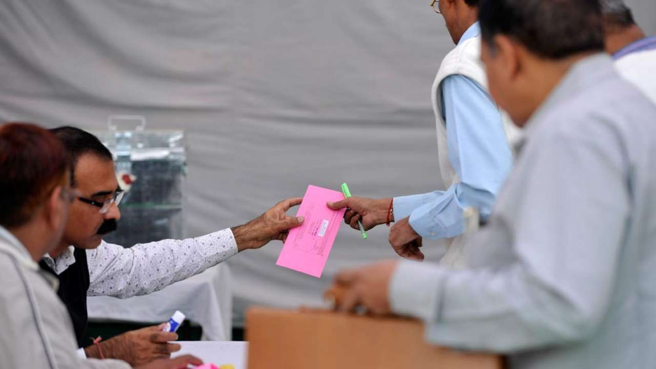 EC not to extend facility of postal ballot to voters above 65 in Bihar polls