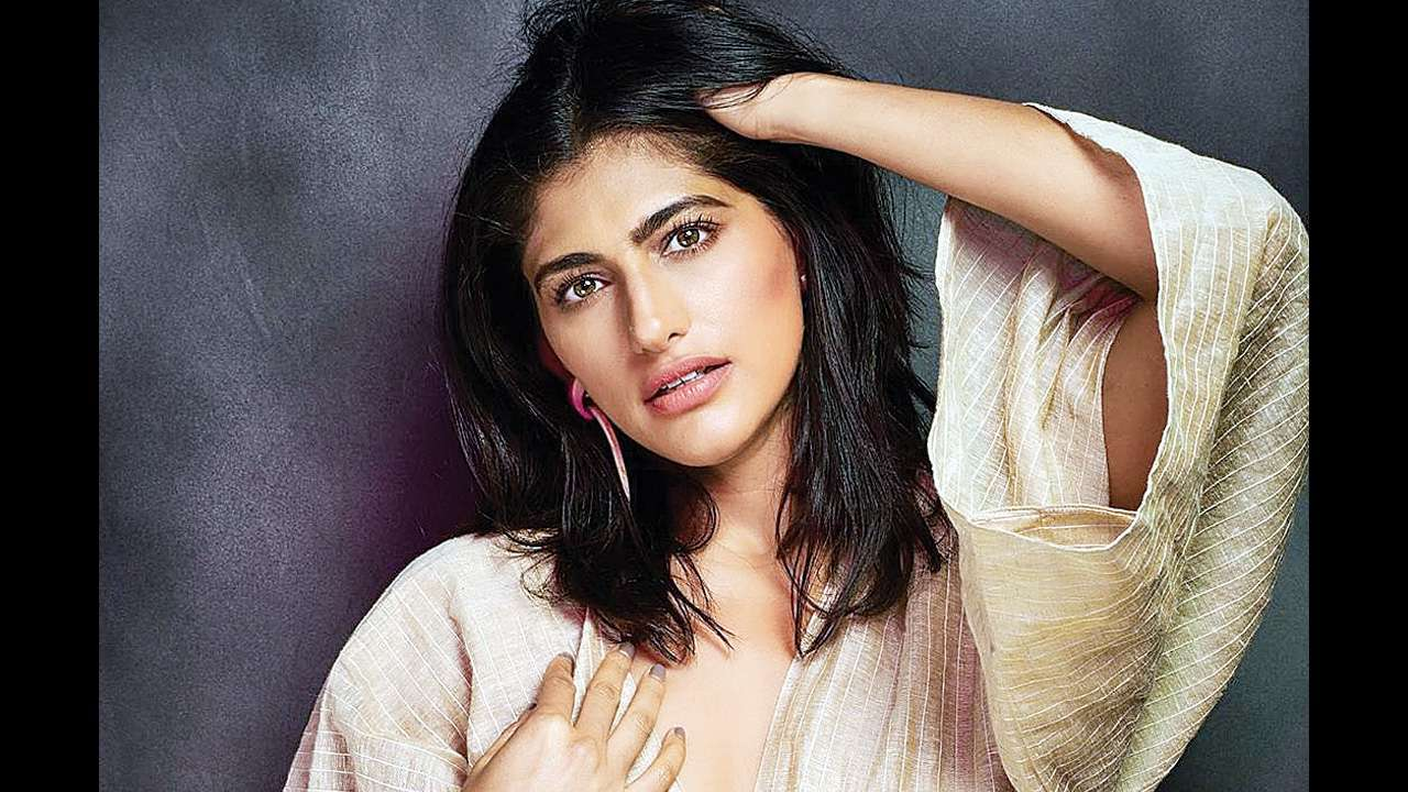 Happy birthday Kubbra Sait: What makes her desirable on and off-screen