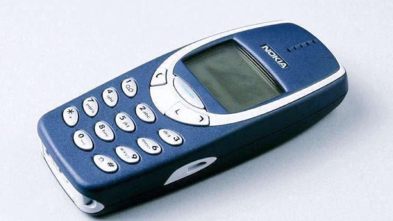 Remember The Unbreakable Iconic Nokia 3310 The Og Boomer Phone Is Now 20 Years Old
