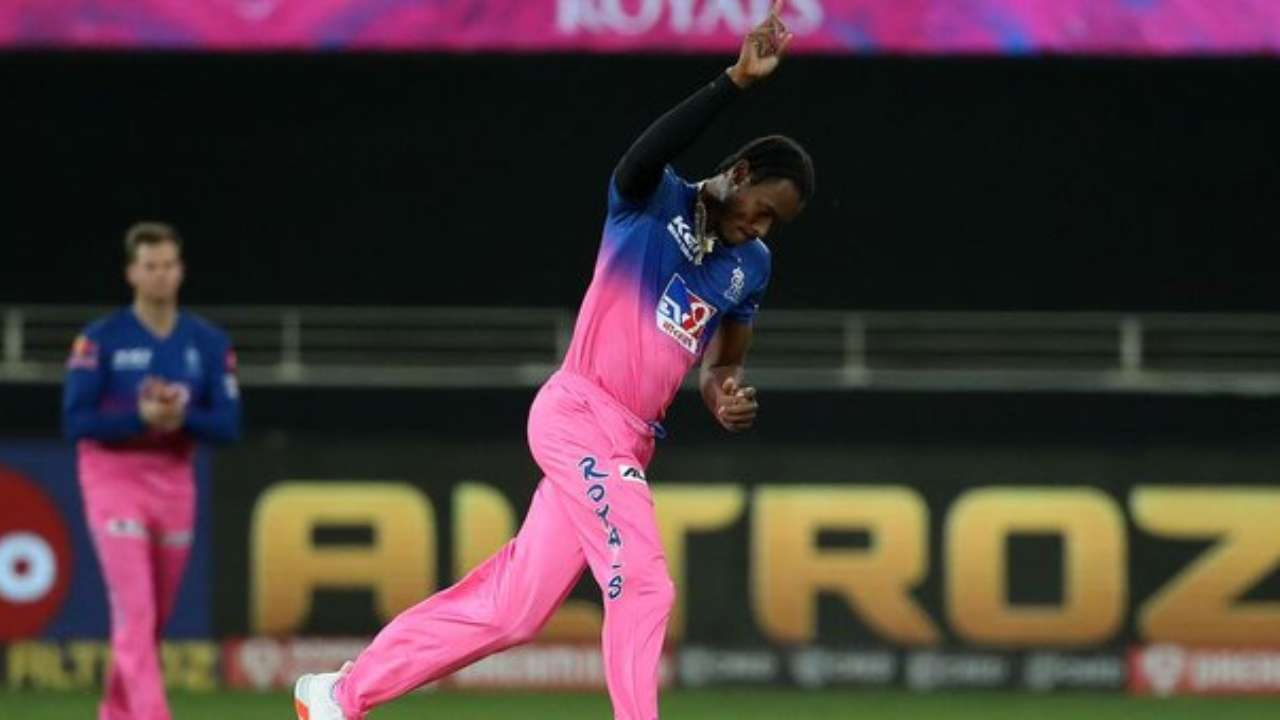 Jofra Archer touches 152 kmph, bowls with fire vs Kolkata Knight Riders in  IPL 2020 clash