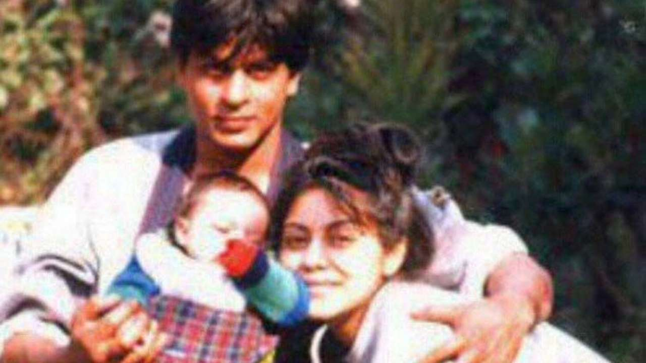 Photos sharukh khan wife Who is