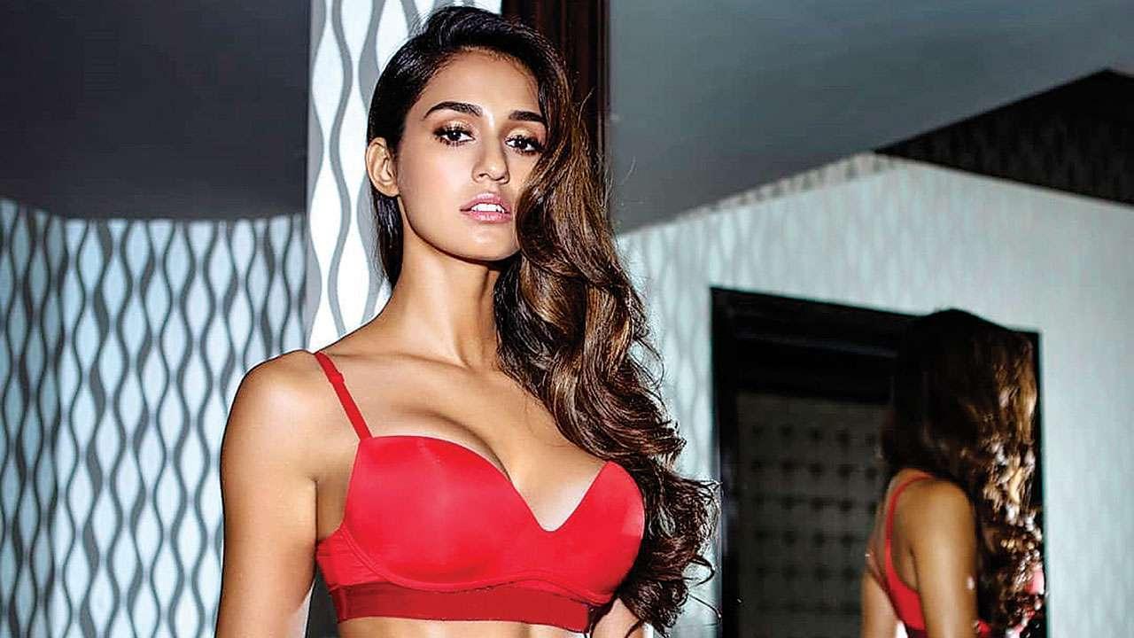 Disha Patani oozes oomph in peach bikini, fans lose their calm over her hot curves