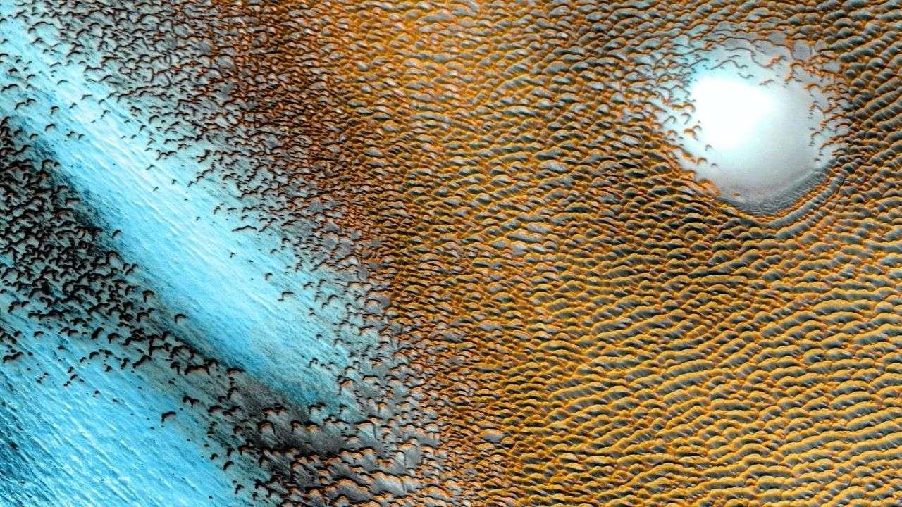 NASA shares stunning image of beautiful blue dunes on Mars