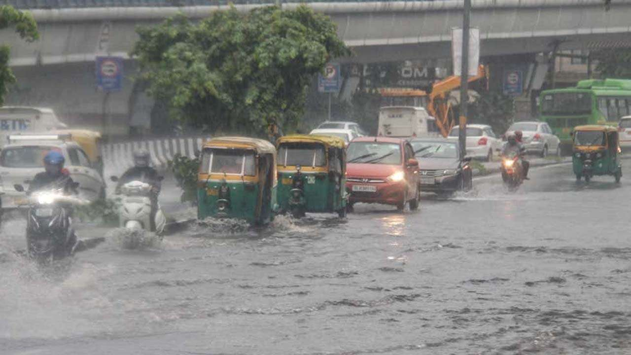 Delhi receives excess rainfall for July, IMD issues orange alert for Saturday and Monday