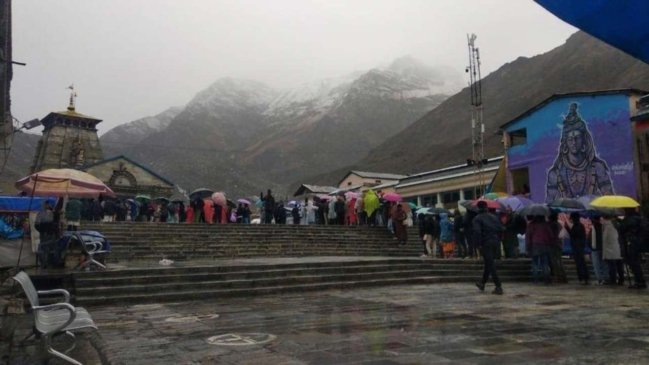 IMD issues red alert in Uttarakhand, schools to remain shut on October 18 – Check other updates
