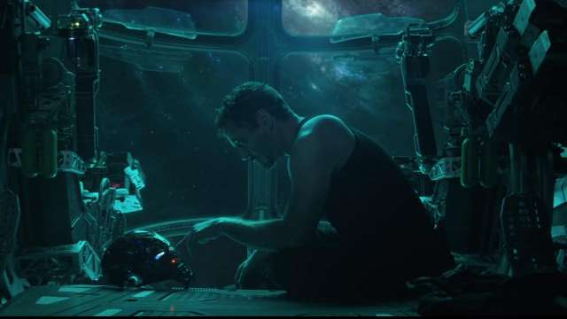 This crazy Reddit theory suggests that Tony Stark is dead but not