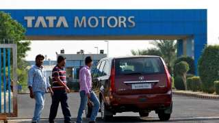 Moody's changes rating outlook on Tata Motors to negative
