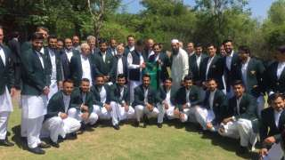World Cup 2019: Pakistan PM Imran Khan shares his experiences with team ahe...