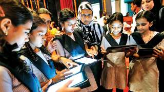 Haryana government to provide free tablets to class 6-8 students