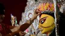 Navratri 2018: Maha Navami Puja Vidhi, Muhurat and wishes