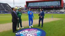 India vs Pakistan, World Cup 2019: Pakistan put India in to bat, Vijay...