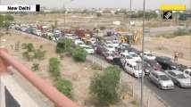 Vehicles move in snail's speed at Delhi-Ghaziabad border