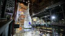 NASA assembles massive rocket to fly around Moon before manned mission...