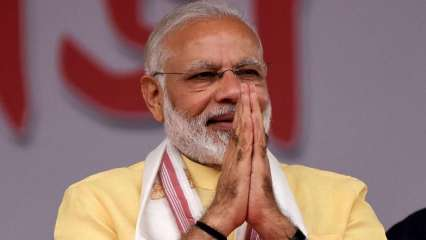 PM Modi exchanges lighthearted praises with B-Town celebs